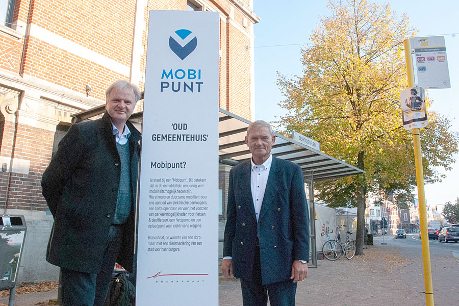 First mobihubs in Brasschaat